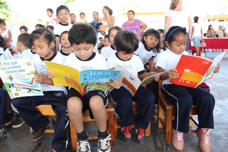 Forma Programa Nacional de Lectura y Escritura a promotores de lectura