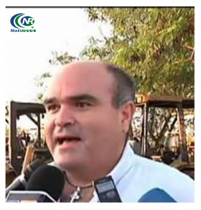 Trabajos de pavimentación a buen ritmo, asegura Carlos Arcudia Aguilar