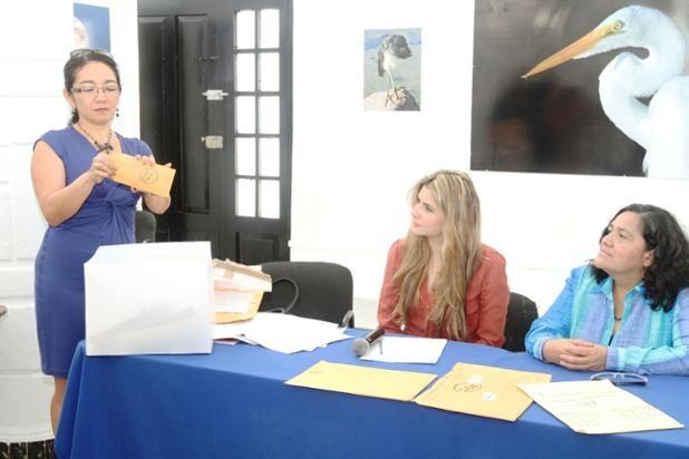 """Se queda en Yucatán el Premio Nacional de cuento """"Beatriz Espejo"""" 2014"""