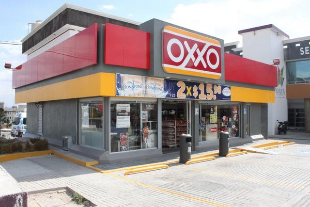 Continúan con la búsqueda de los responsables de los robos en Oxxos en la ciudad