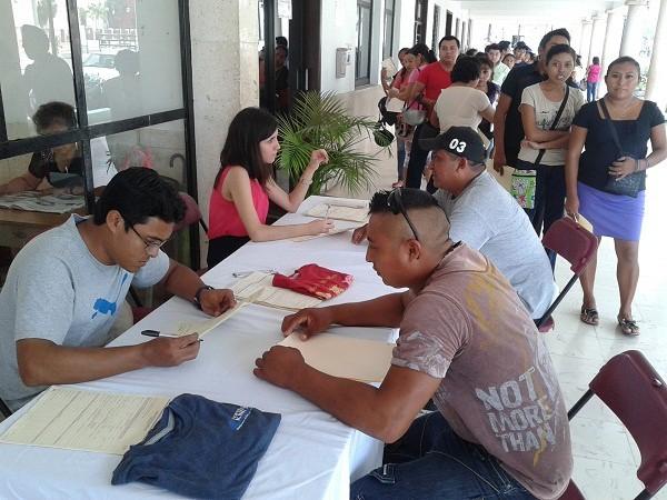 Maquiladora recluta a 300 trabajadores, en Tizimín
