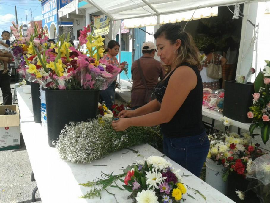 Flores Y Regalos En Valladolid En El Día De Las Madres
