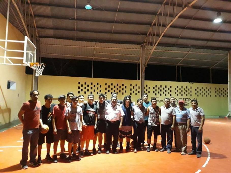 Basquetbolistas de Espita rumbo a la olimpiada nacional