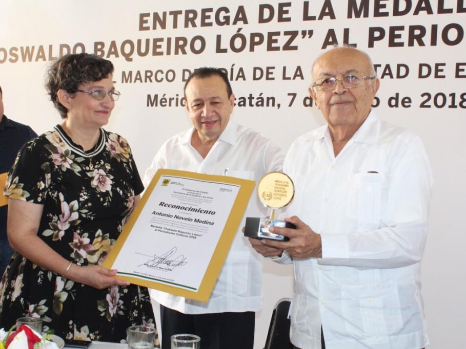Entregan premio al periodismo cultural en Yucatán