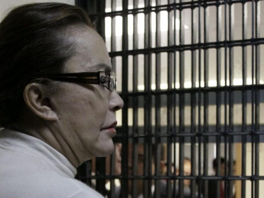 Elba Esther Gordillo, libre