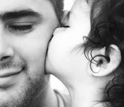 ¿Por qué no es tan festejado el día del padre como el día de la madre?