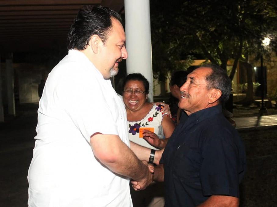 """""""Panchito"""" Torres busca unir al PRI"""