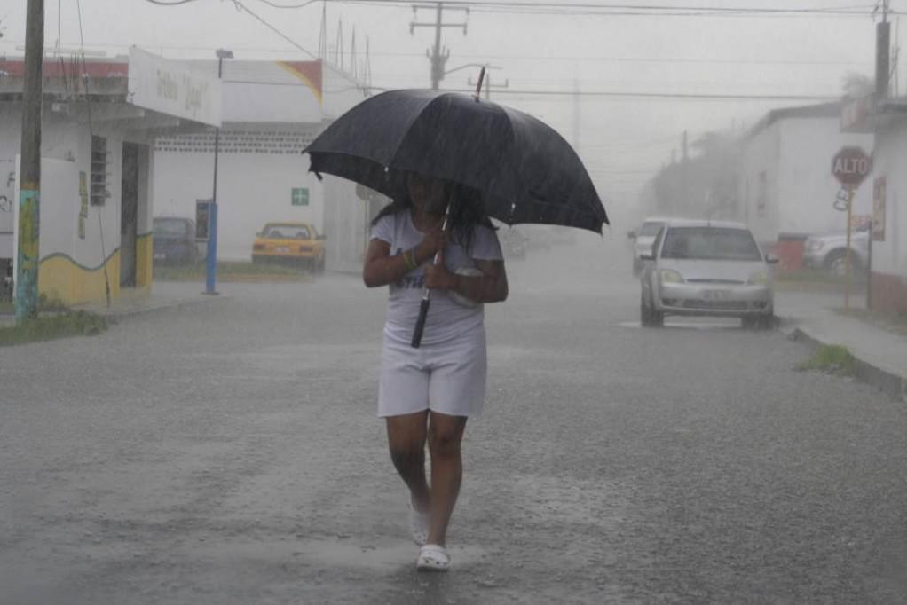 """""""El Niño"""", ocasiona fuertes lluvias en Yucatán"""
