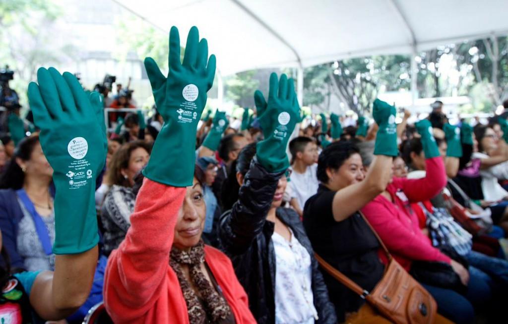 Trabajadores domésticos deben darse de alta en el IMSS