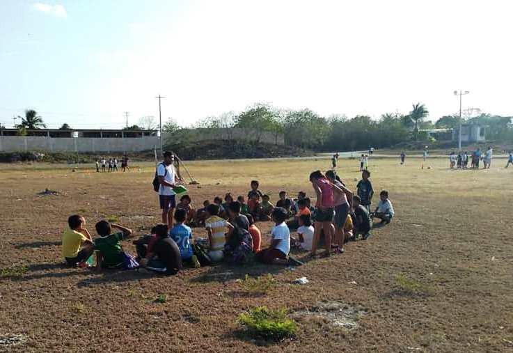 Prácticas de fútbol y beisbol, sin costo