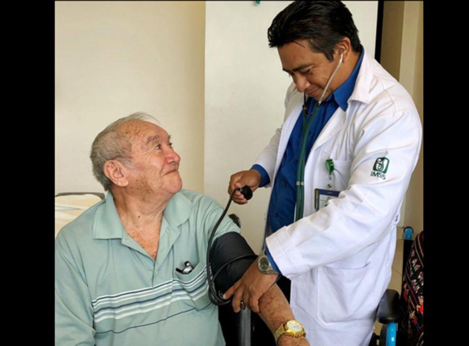 IMSS utiliza tratamiento de mínima invasión para crecimiento prostático