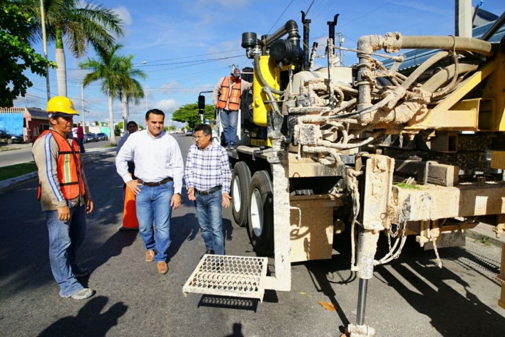 En Mérida se construyen dos o más  pozos pluviales al día