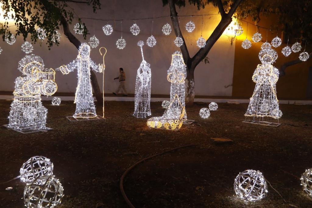 Invierten más de 2 millones de pesos en decoración navideña