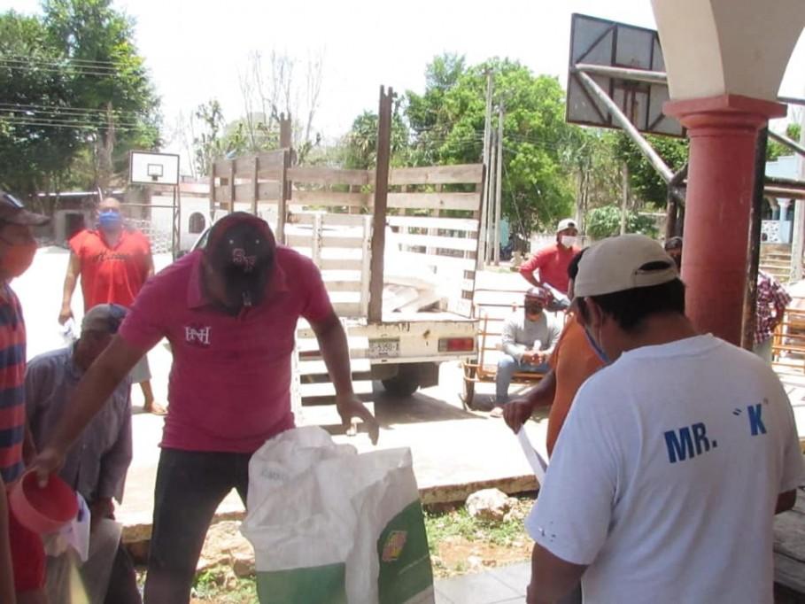 Ayuda a familias del sur de Yucatán
