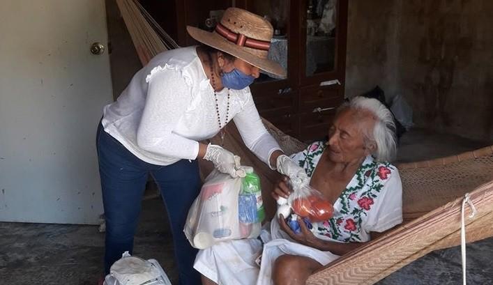 Reparten desayunos a familias vulneradas de sucilá