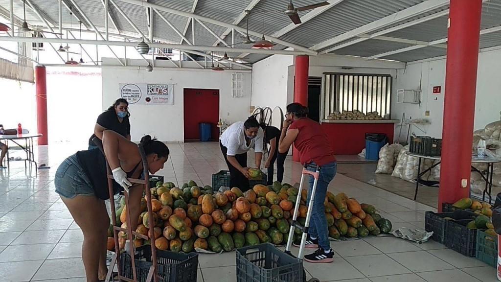Reúnen más de 100 toneladas de alimento para familias quintanarroenses