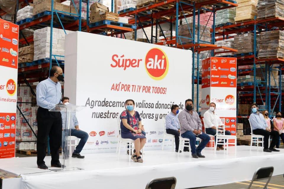 Súper AKI dona 50 toneladas de alimentos básicos