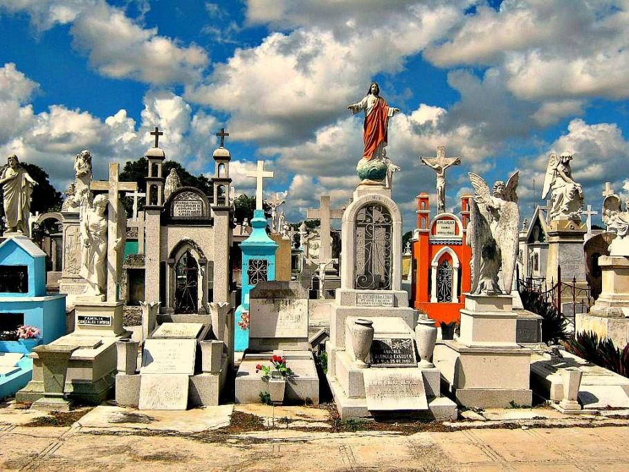 En el Cementerio General hay un sepulcro que data de 1821