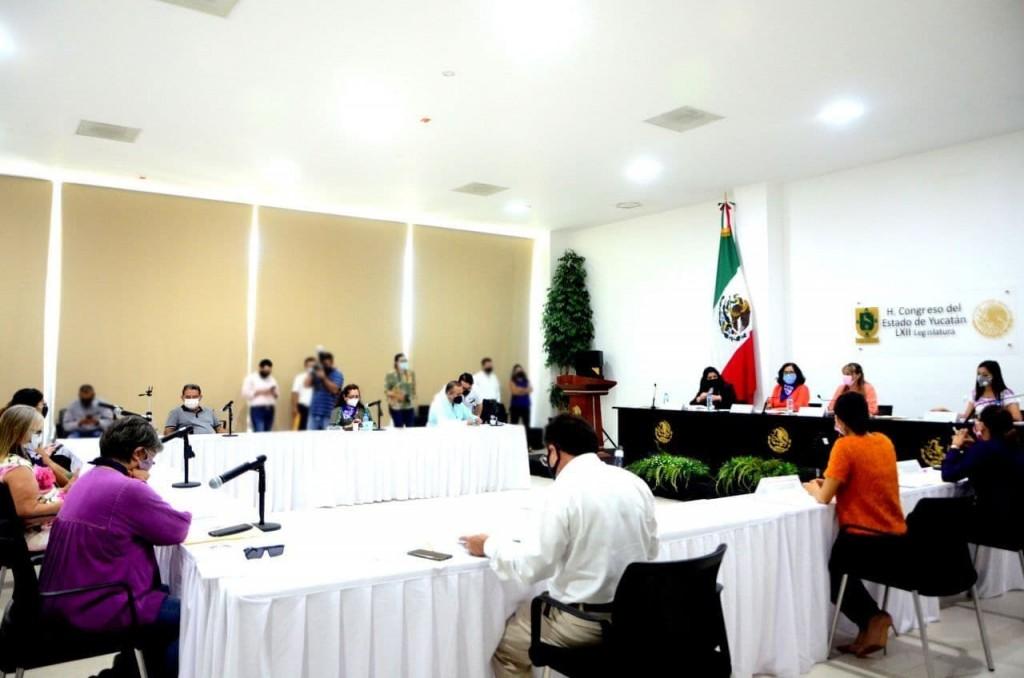 Presentan iniciativa contra la violencia institucional