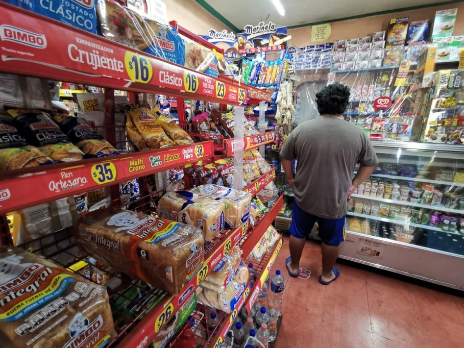 Pequeños comercios olvidados por AMLO