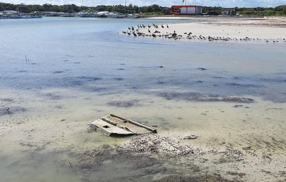 Pescadores de el cuyo con problemas de acceso al puerto de abrigo