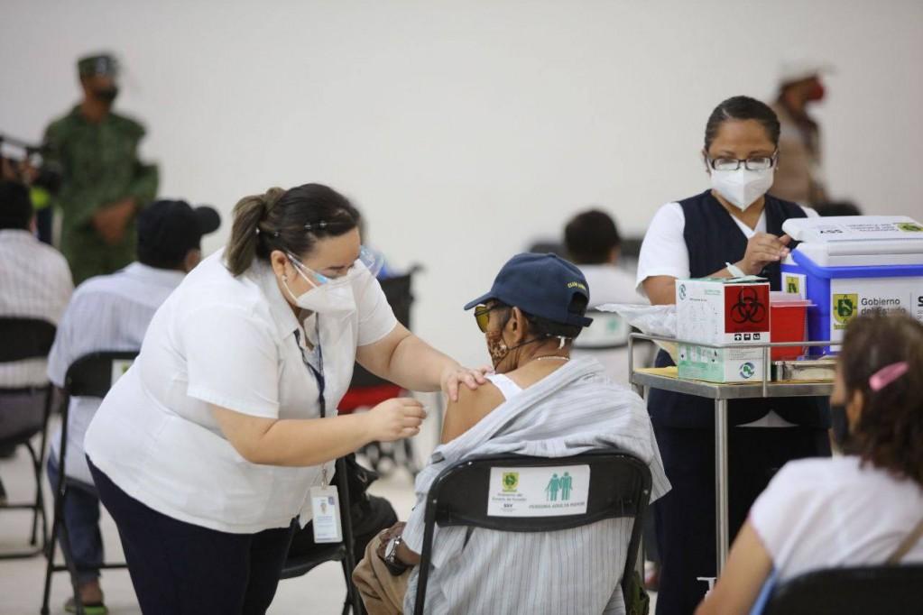 El 19 de Abril se vacunarán a los Adultos Mayores de los asilos