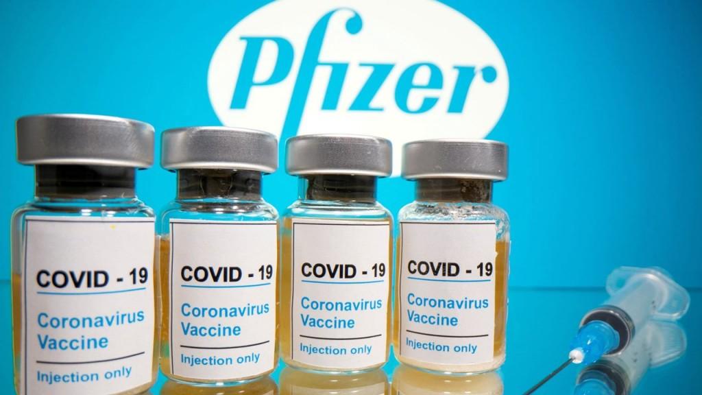 Cada vez son más mexicanos que optan por viajar a E.U. a vacunarse contra el COVID-19