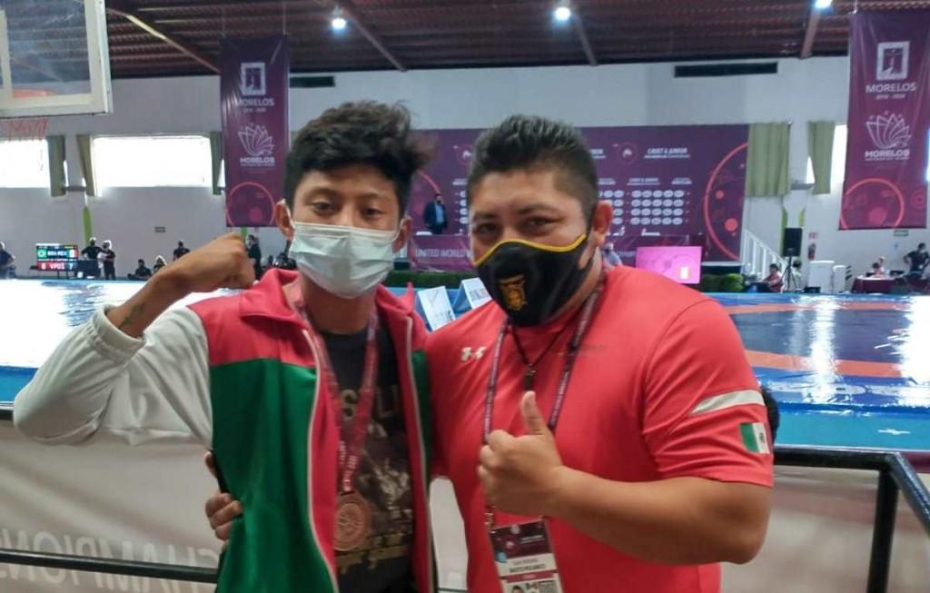 """Zika"" se prepara para Mundial de Lucha Olímpica"