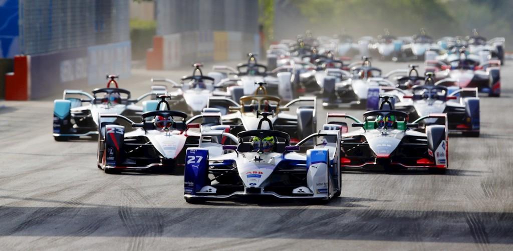 Tecnología en Fórmula E avanza hacia el futuro de la movilidad sostenible