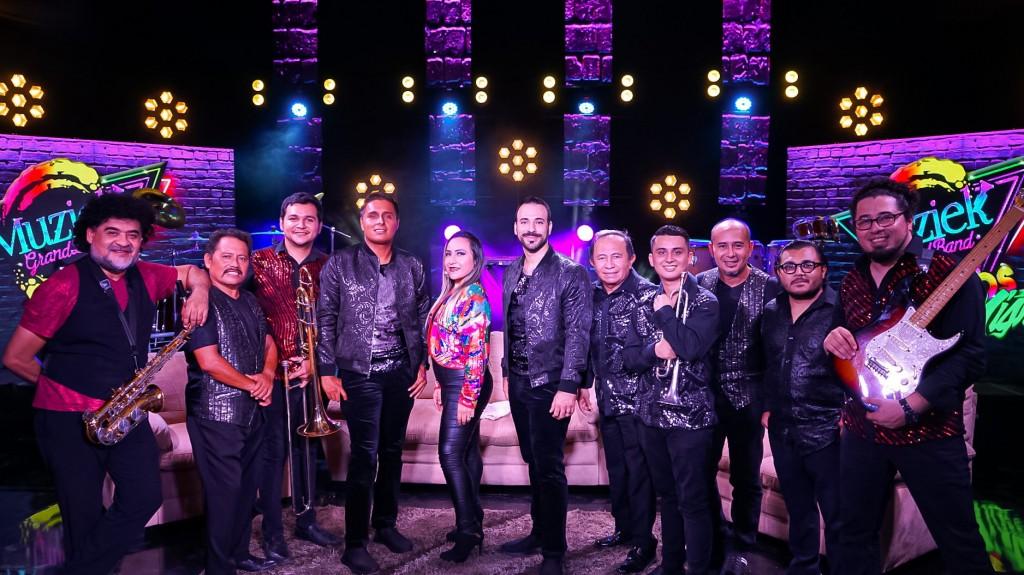 Una noche con… ¡Muziek Grand Band!