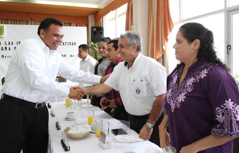 Educación, prioridad social para Yucatán: Rolando Zapata Bello.