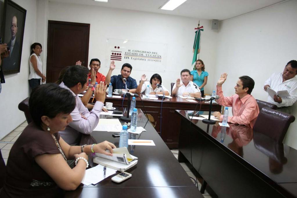 Congreso local aprueba la no ratificación de consejeros del Ipepac